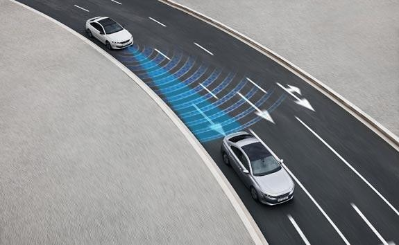 PEUGEOT 508 Fastback Technology | Semi-Autonomous Driving