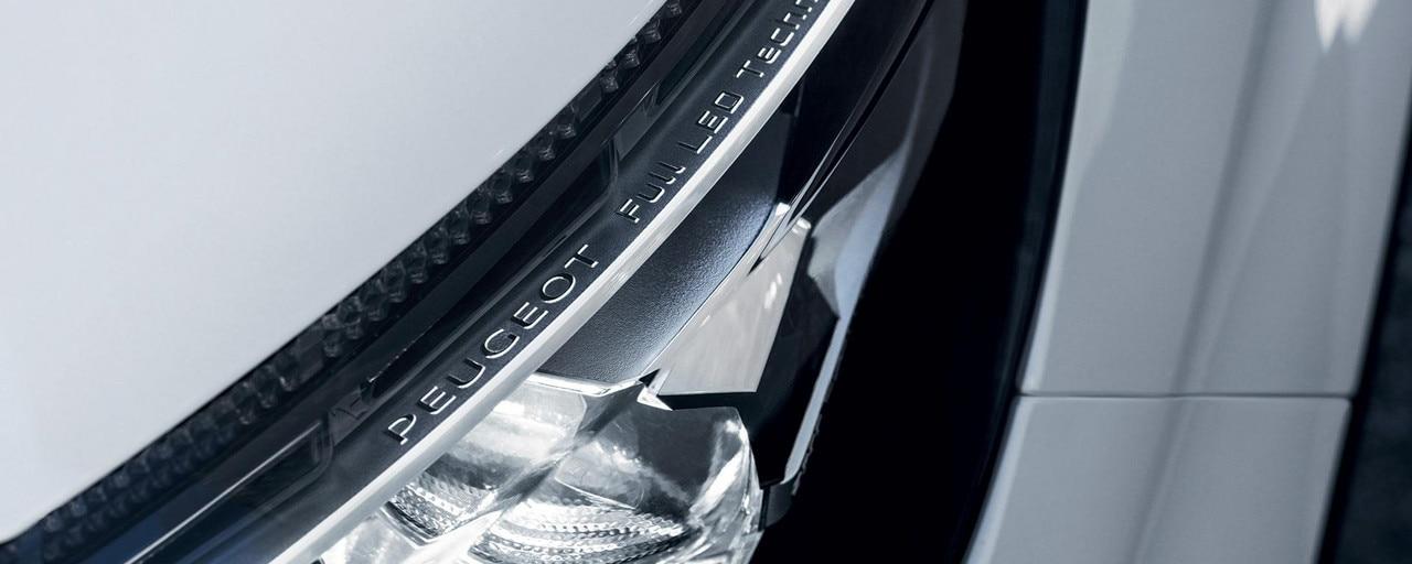 /image/00/2/peugeot-3008-suv-led-headlight-technology.393002.jpg