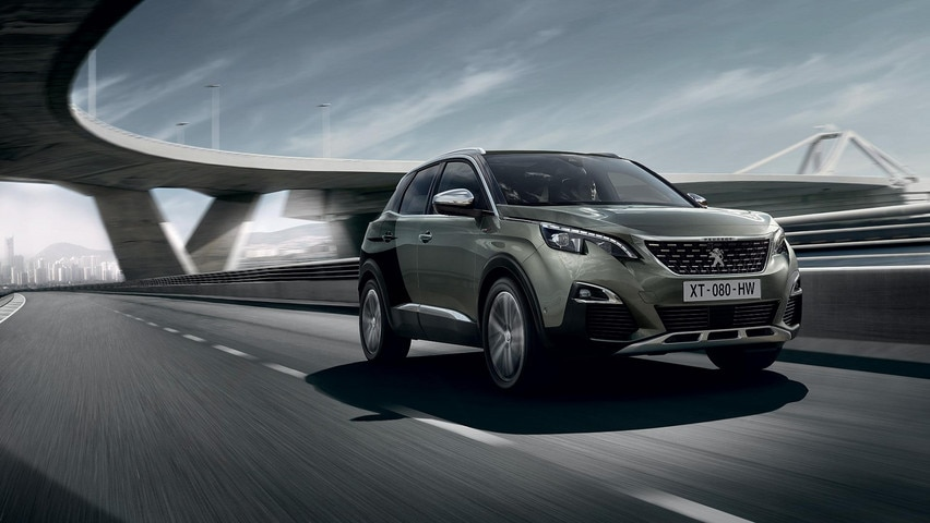 /image/01/0/peugeot-3008-suv-gt-front-3qu-coupe-franche.363010.jpg