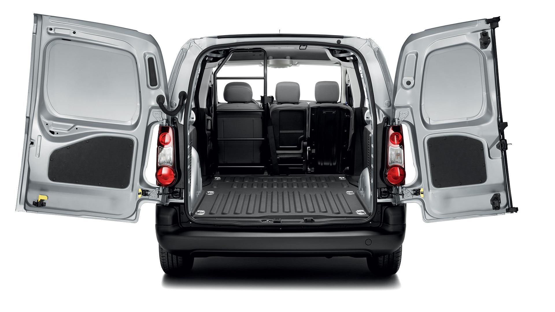 Peugeot Partner Showroom Small Work Van Test Drive Today