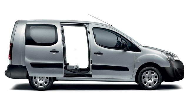 PEUGEOT Partner van two sliding side doors