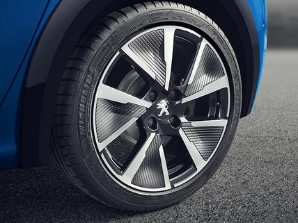 "New PEUGEOT e-208 100% Electric Car Design | 17"" Diamond Cut Alloy Wheels"