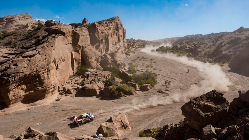 Dakar 2017 – The Peugeot 3008 DKR in the South American desert