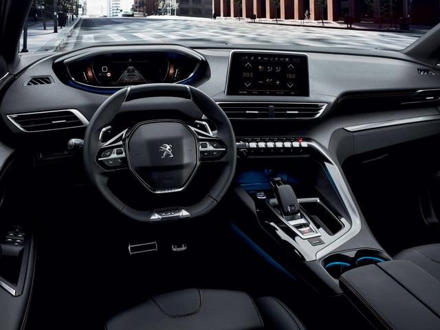 /image/11/7/peugeot-5008-suv-i-cockpit.218117.jpg
