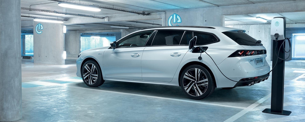PEUGEOT 508 SW Plug-In Hybrid Technology