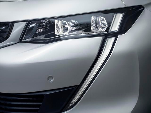 New PEUGEOT 508 With Full LED Headlights