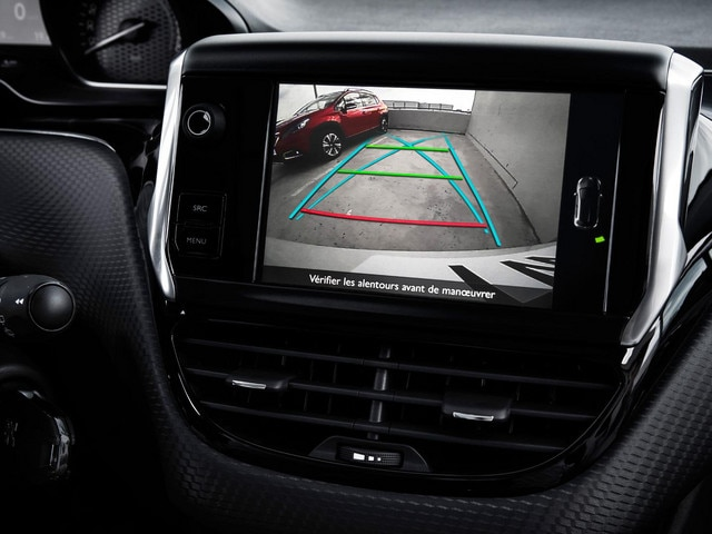 /image/25/9/peugeot-2008-suv-rear-camera.359259.jpg