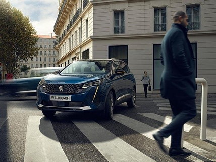 7-Seat PEUGEOT 5008 SUV Highlights | Technology