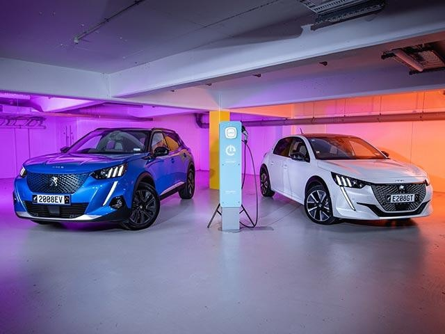 PEUGEOT Electric Vehicles Charging Possibilities
