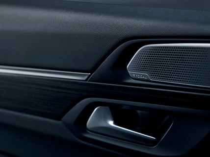 New PEUGEOT 508 SW estate, premium FOCAL® Hi-Fi soundproofing