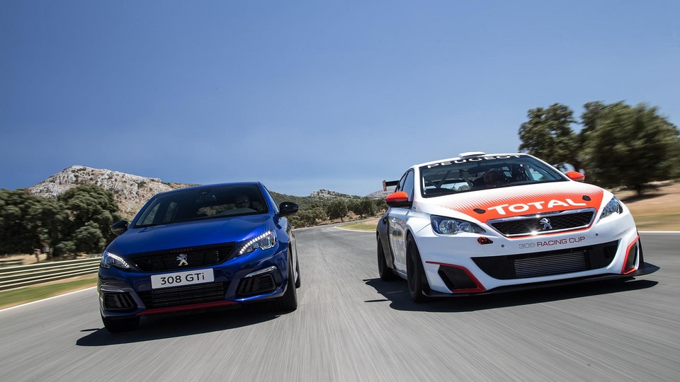 /image/48/3/peugeot-308-gti-and-peugeot-308-racing-cup.357483.jpg