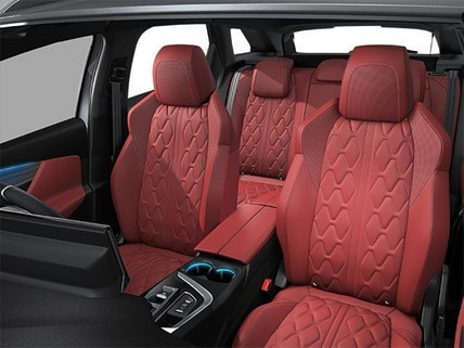 PEUGEOT 3008 SUV HYBRID4 Design | Nappa Leather Upholstery