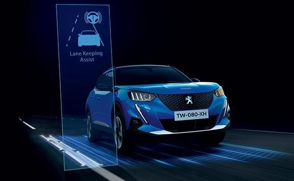 PEUGEOT 2008 SUV Technology | Lane Keeping Assist