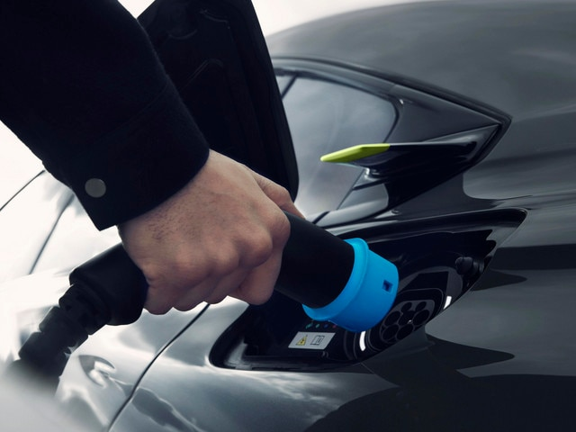 Hybrid refill Concept PEUGEOT SPORT ENGINEERED
