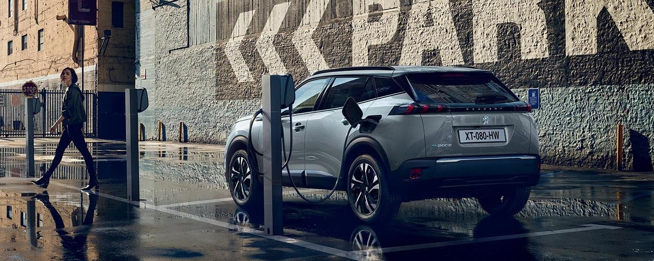 PEUGEOT Electric Car Range | Charging Your Electric Vehicle