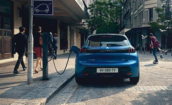 PEUGEOT Electric Car Range | Public Charging