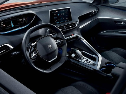 Peugeot 3008 SUV steering wheel