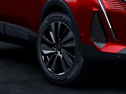 New PEUGEOT 3008 SUV HYBRID4 Design | Black Pack Alloy Wheels