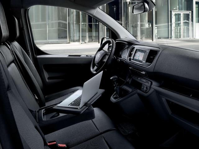 PEUGEOT Expert – Interior design