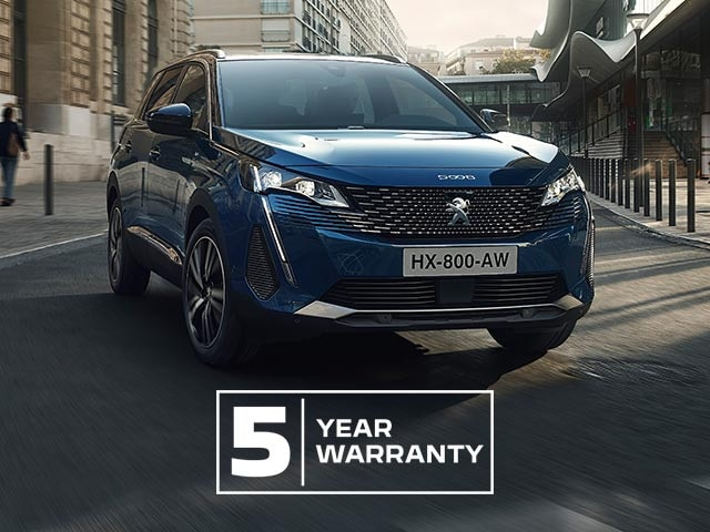 New 7-Seat PEUGEOT 5008 SUV | Go Beyond