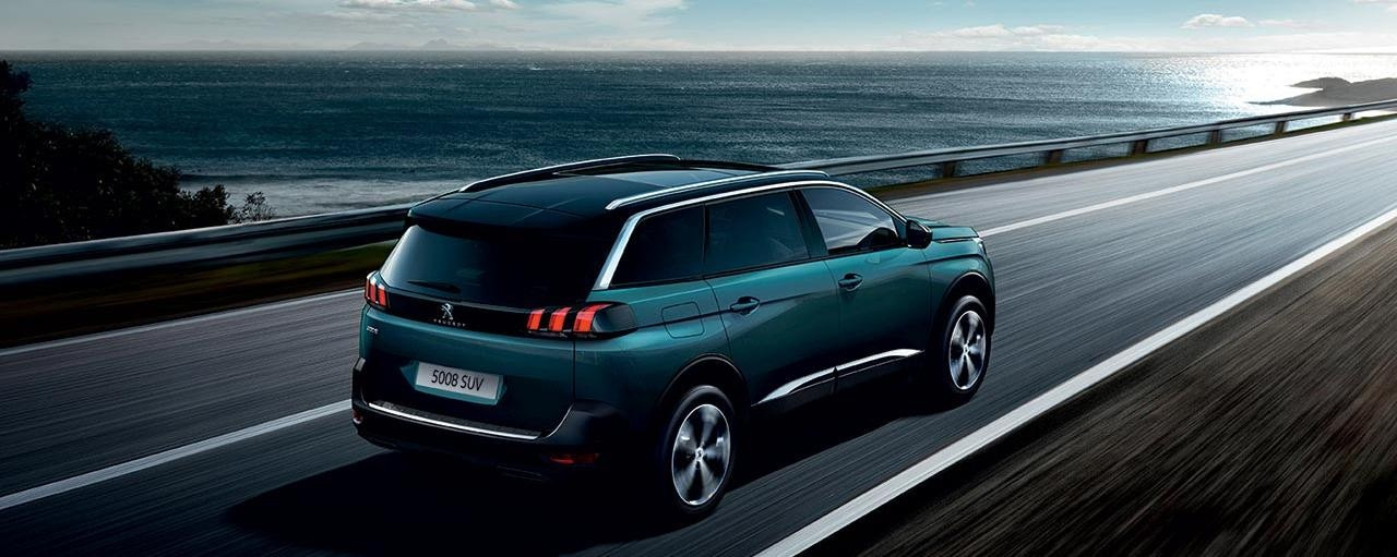 PEUGEOT 5008 SUV 7 Seat Family Car