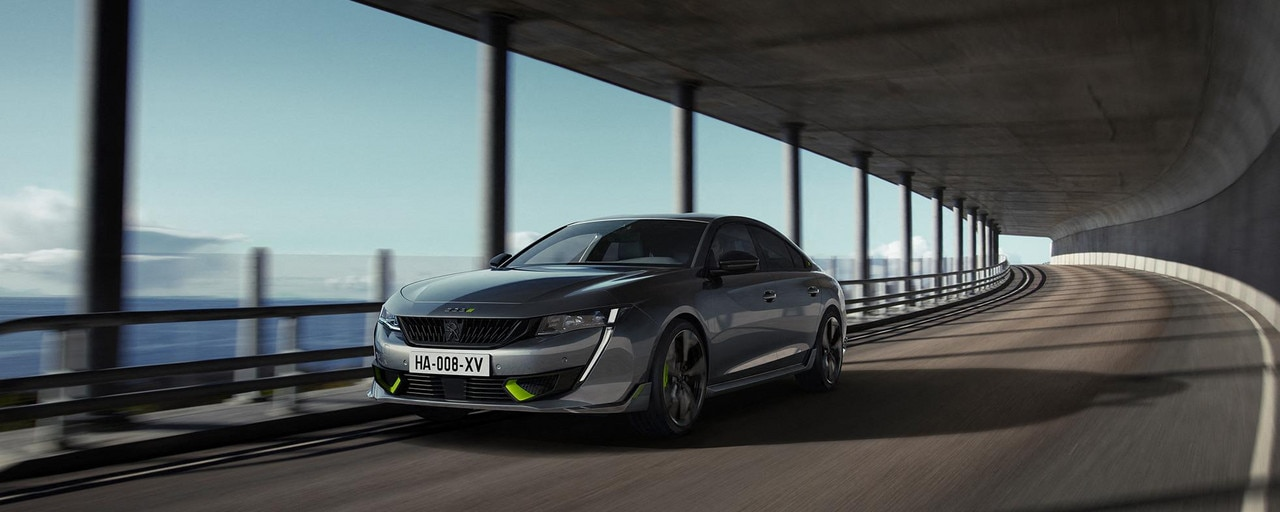 New high-performance PEUGEOT SPORT ENGINEERED hybrid 508 saloon
